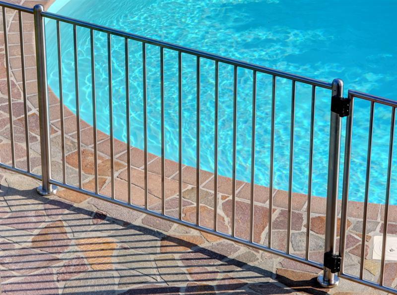 Invernizzi swimm - Recinzioni per piscine ...